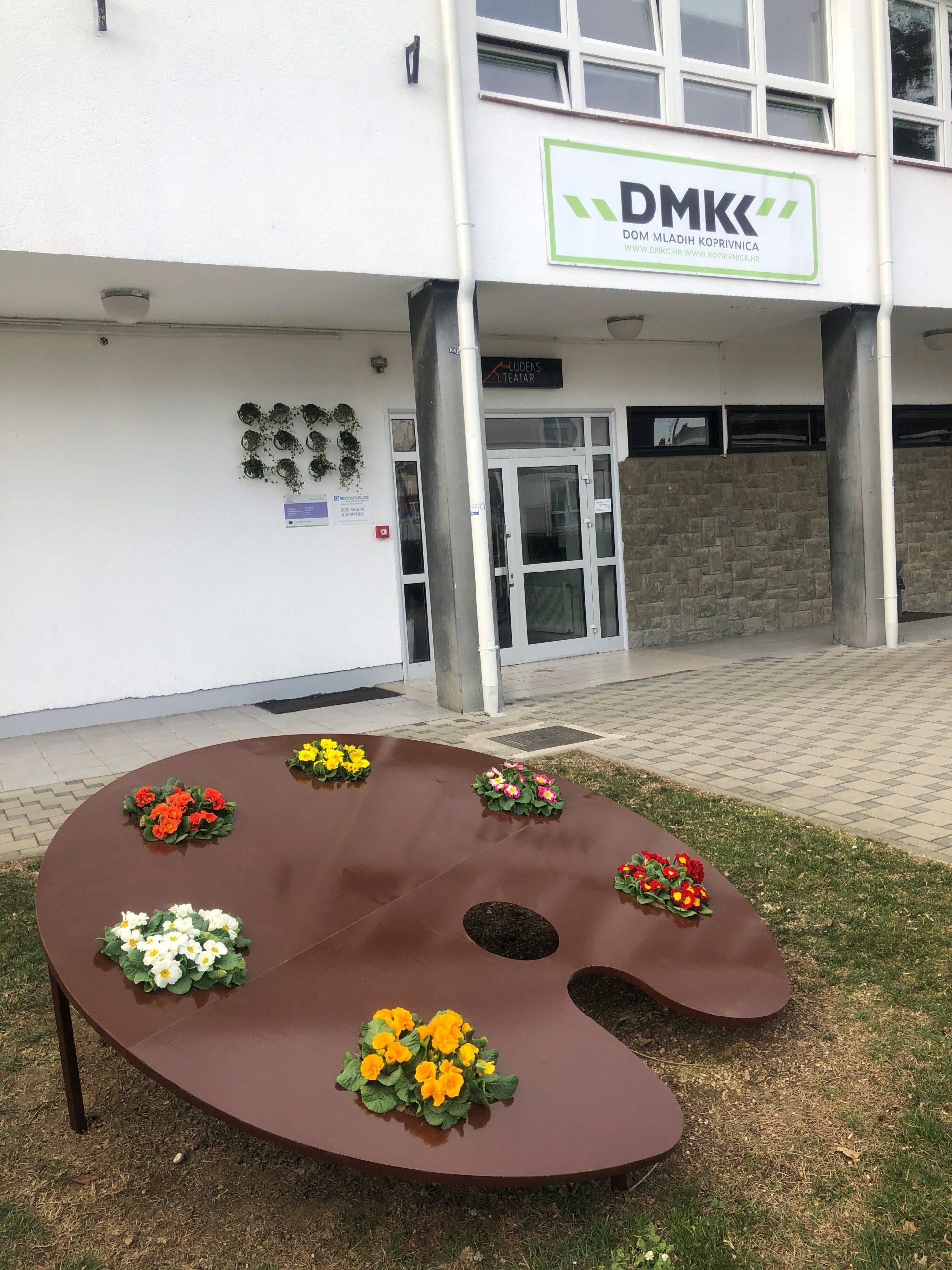 Obavijest o odgađanju predstave Bosanski lonac u Domu mladih