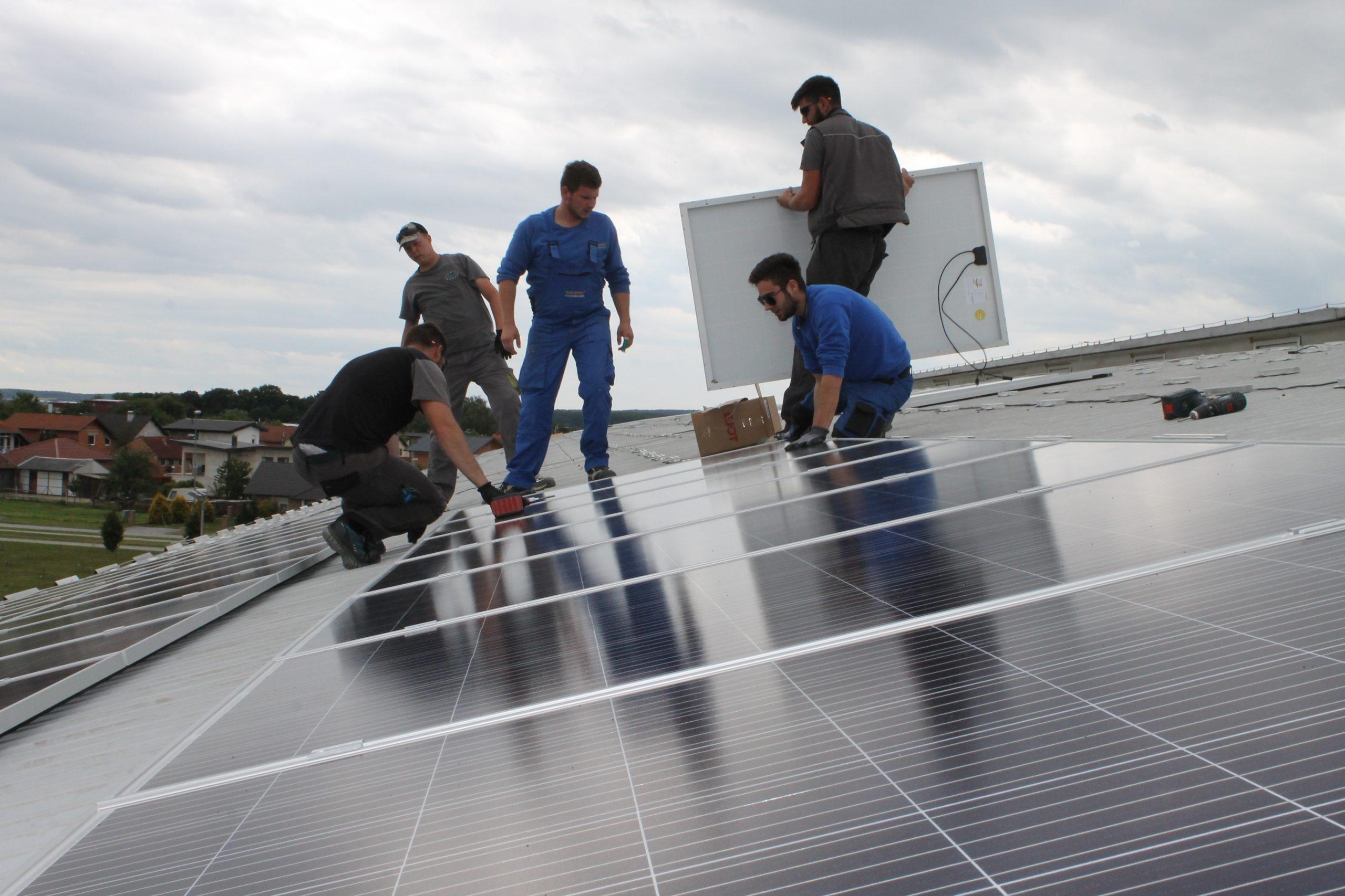 Pri kraju je postavljanje solarne elektrane na Bazenima Cerine