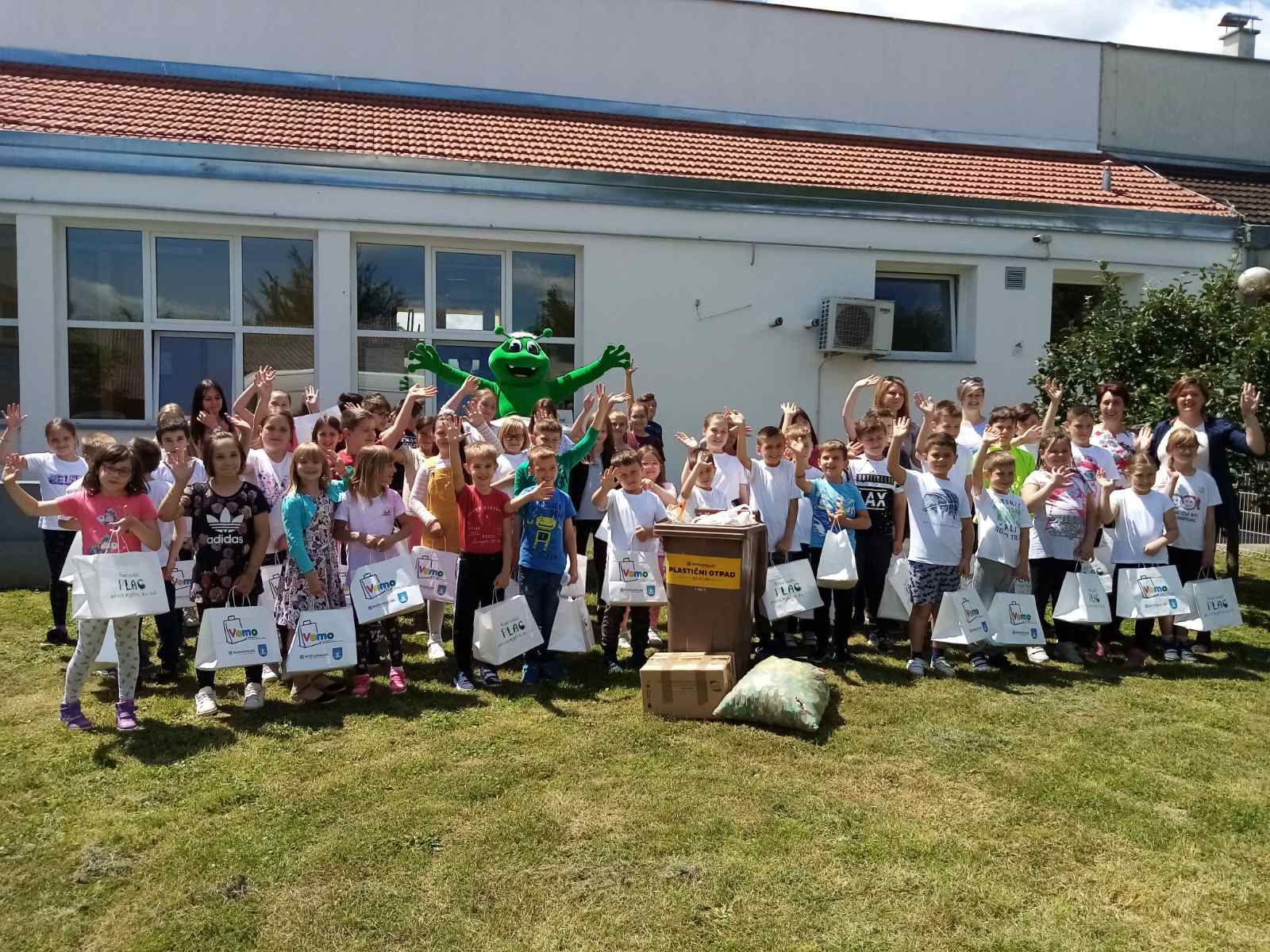 Marljivi učenici sakupili 117 kilograma plastičnih čepova