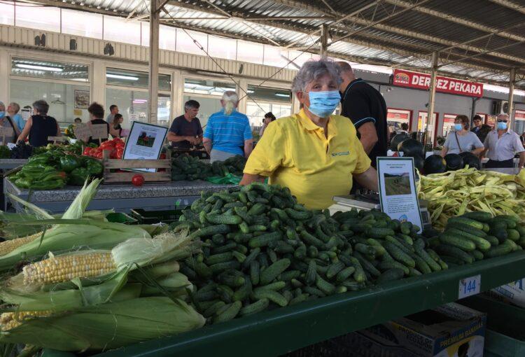 Mirko i Marijanka Šikulec uz sezonsko povrće nude domaće