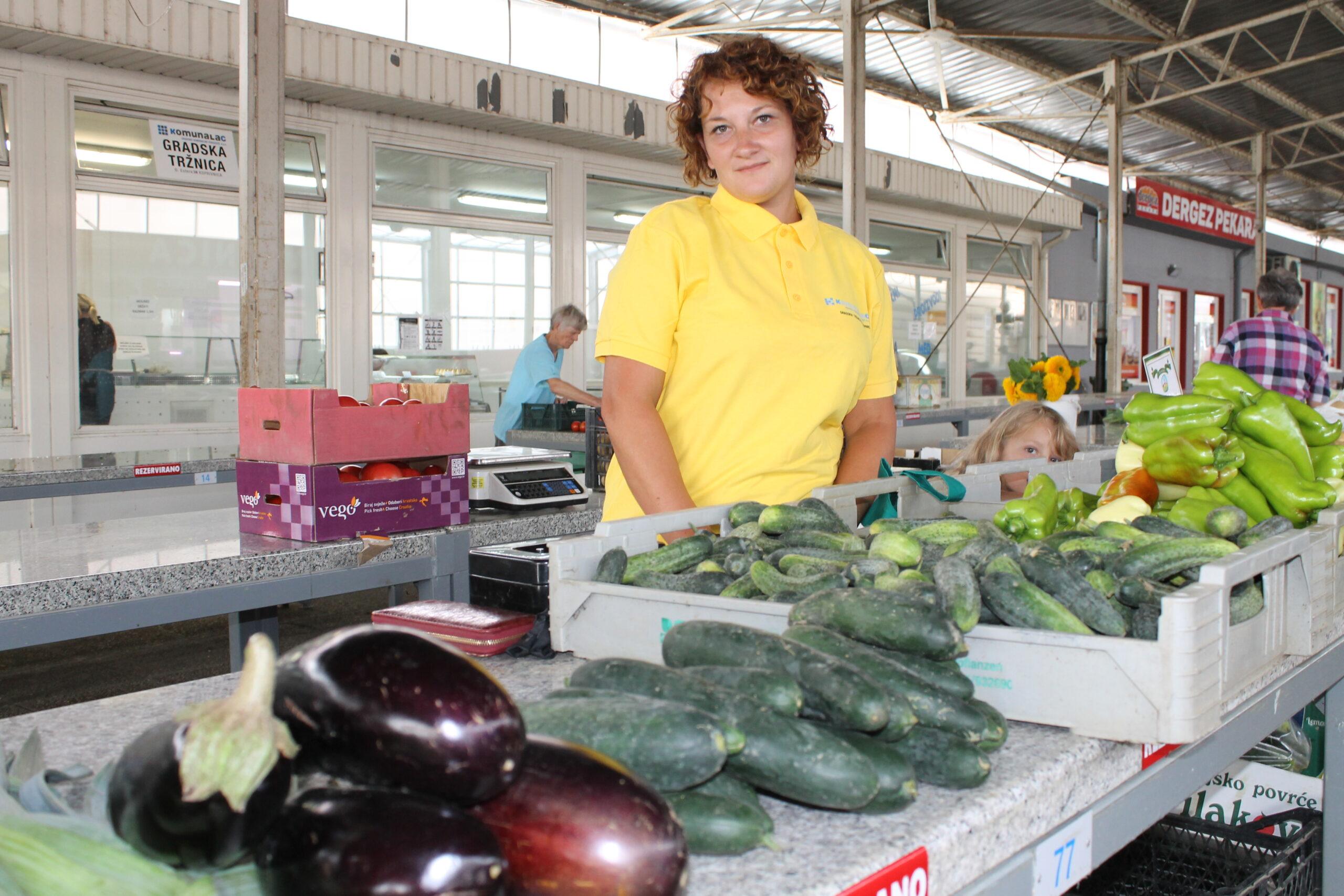Svježe povrće iz Hrastovskog na koprivničkom placu