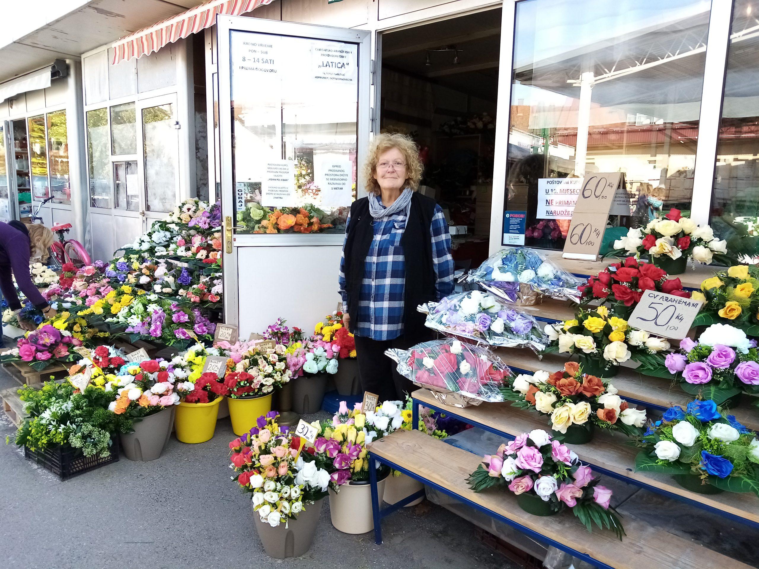 Obrt Latica uoči blagdana Svih svetih nudi raznovrsne cvjetne aranžmane od svilenog cvijeća