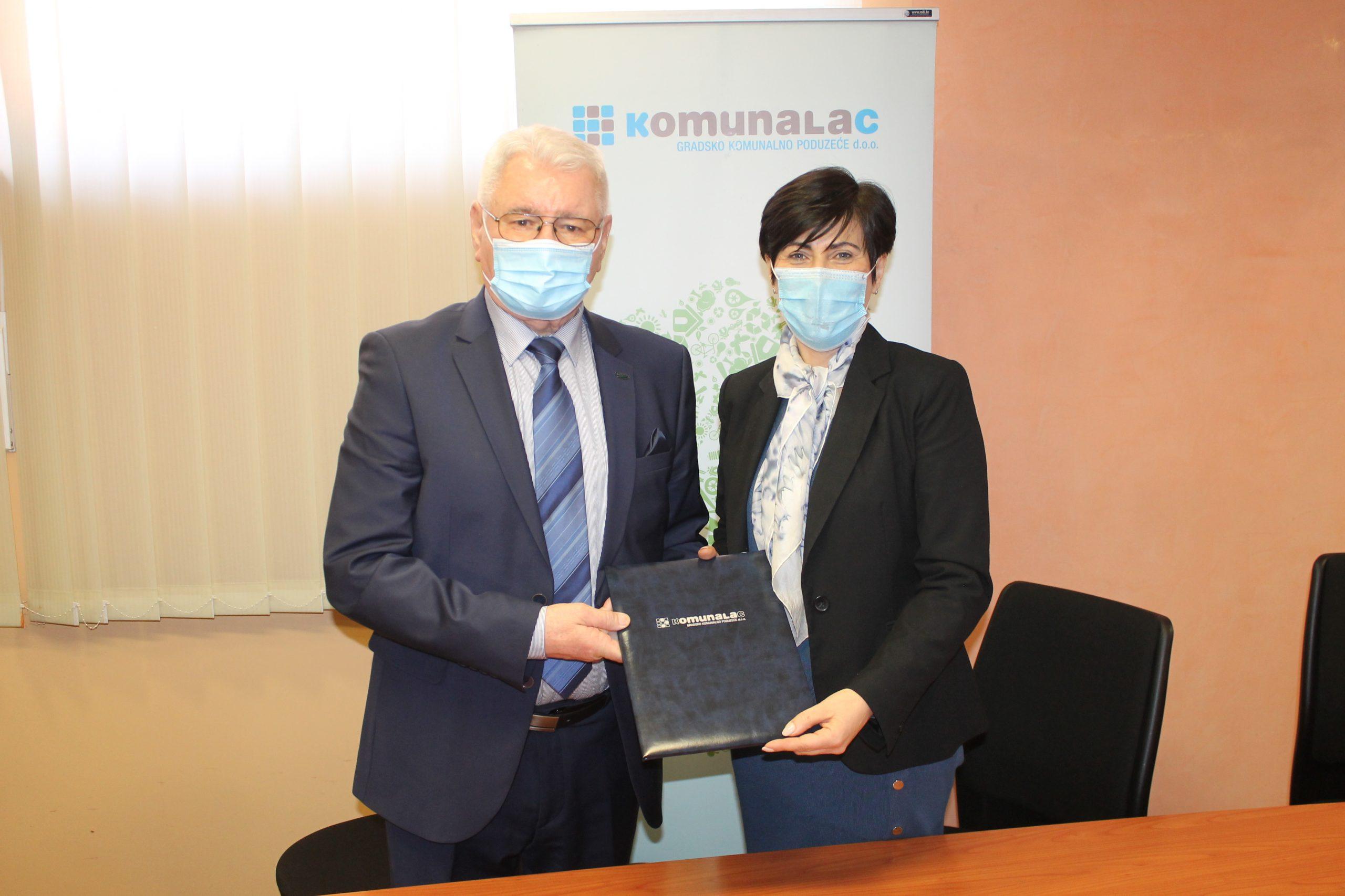 Potpisan ugovor za nabavu komunalnih vozila