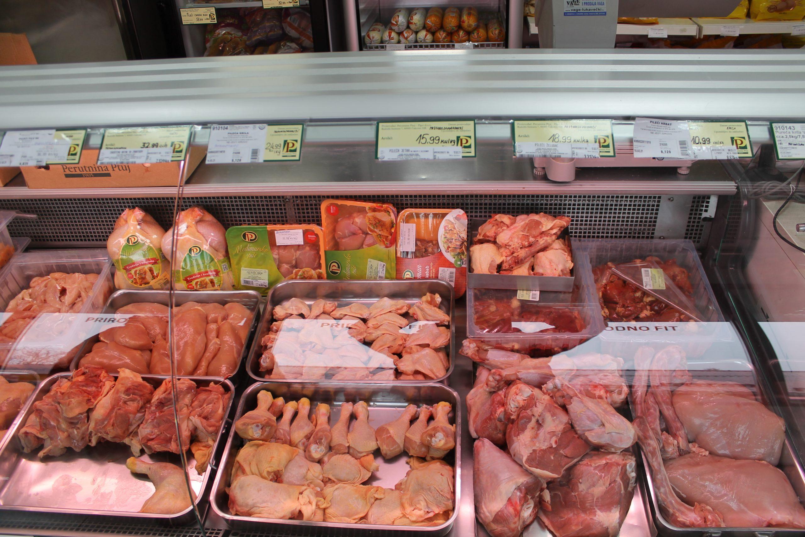Perutnina Ptuj i dalje je na tržnici, svoju svježu hrvatsku piletinu potražite u kiosku pored blagajne Komunalca