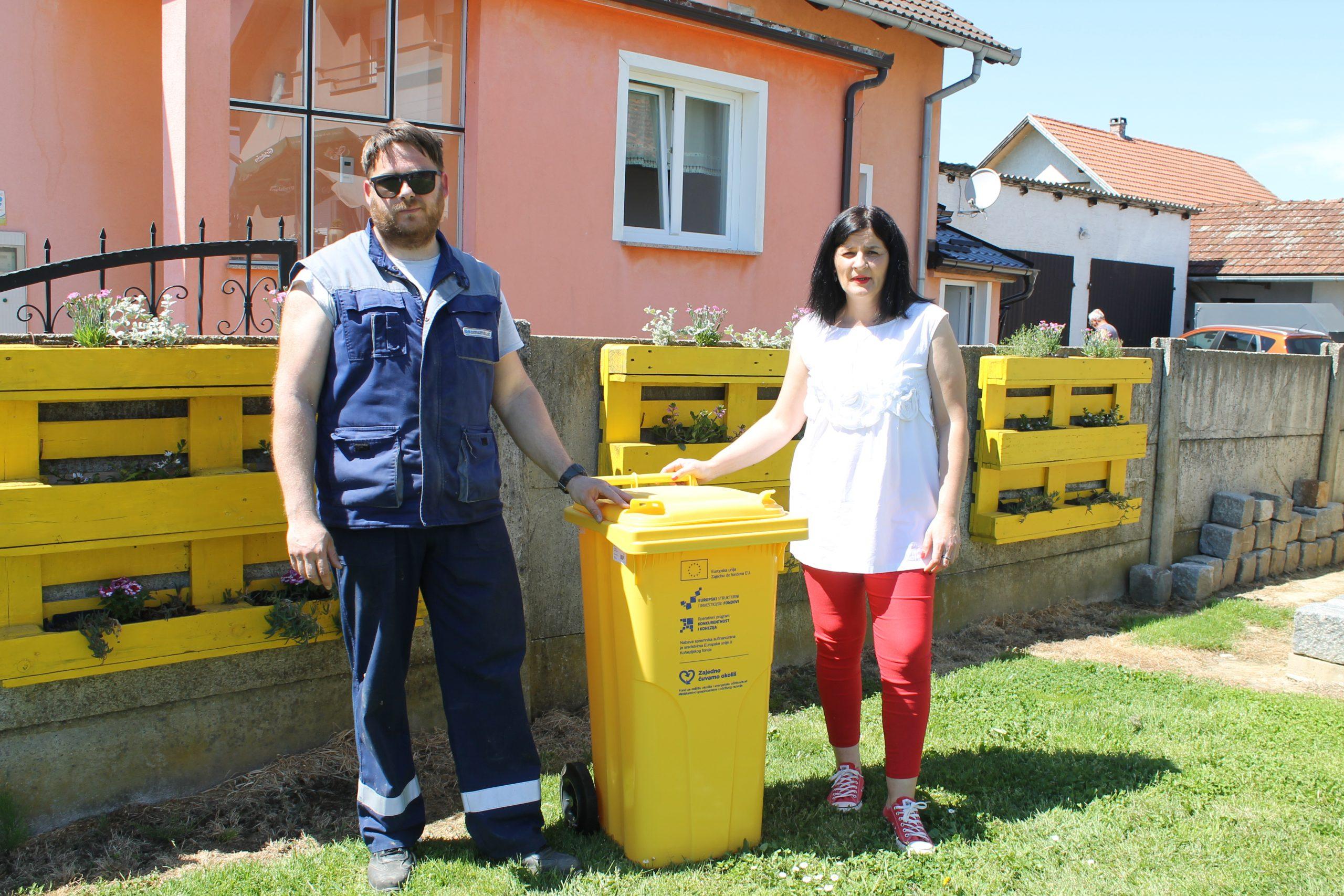 Počela podjela žutih spremnika za plastiku građanima Koprivnice