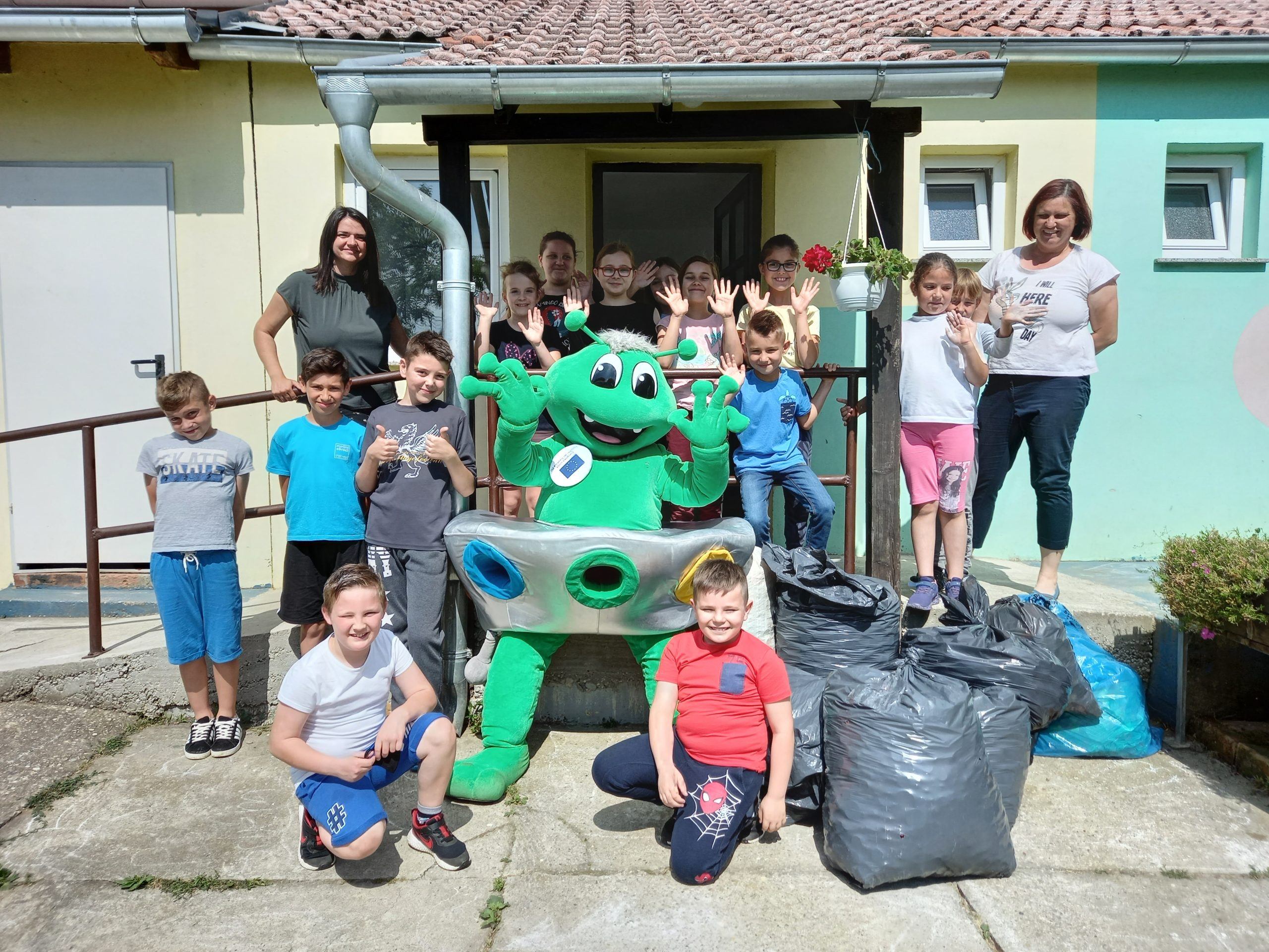 Mirko Reciklirko posjetio Područnu školu Srijem