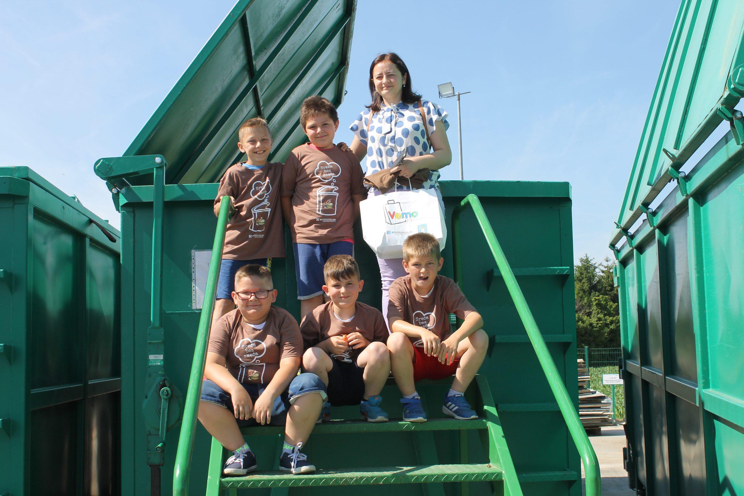 Učenici PŠ Medvedička posjetili reciklažno dvorište