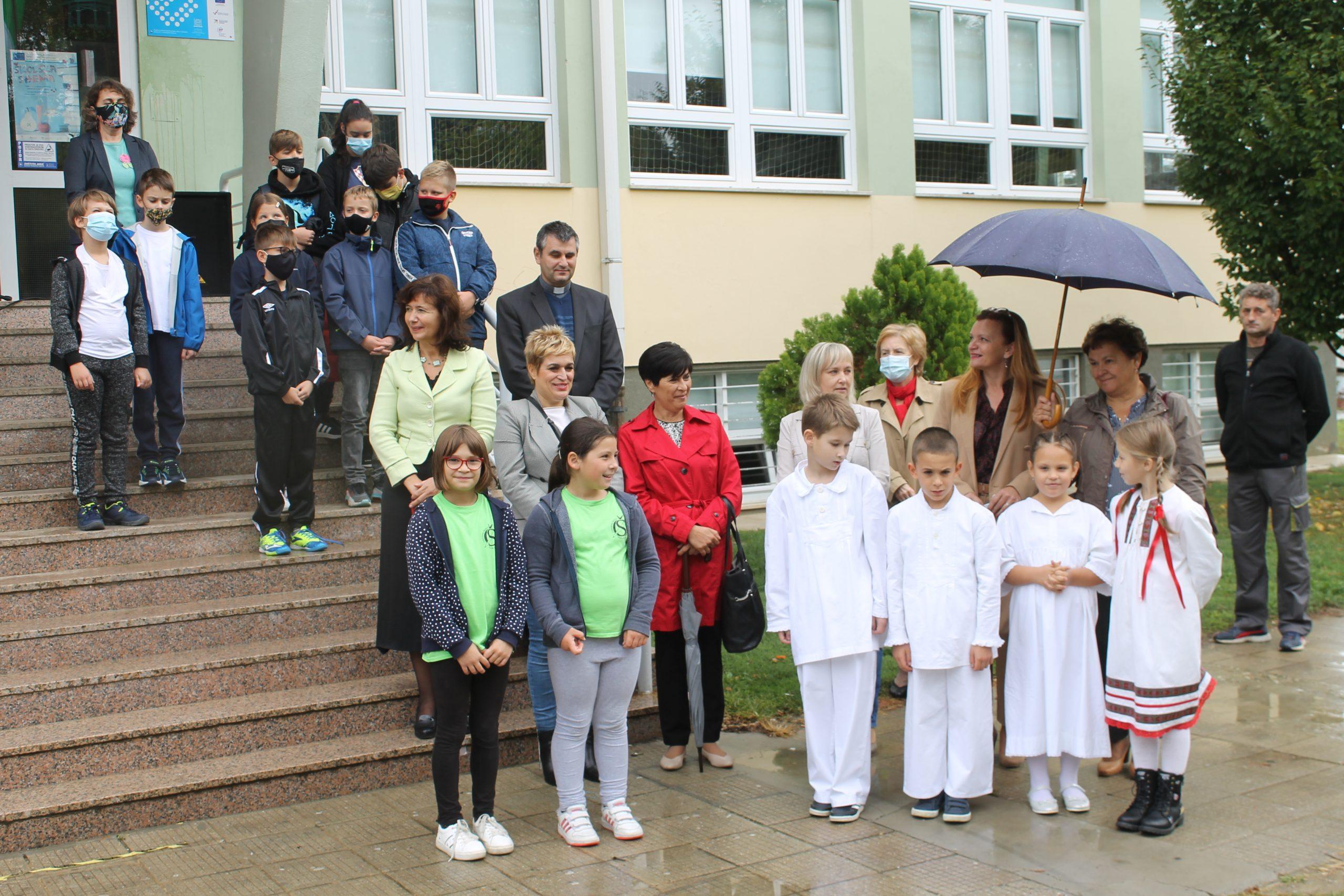 Uprava Komunalca prisustvovala podizanju Zelene zastave u OŠ Đuro Ester